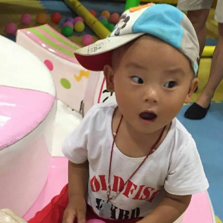 胡莉萍1479359929819391