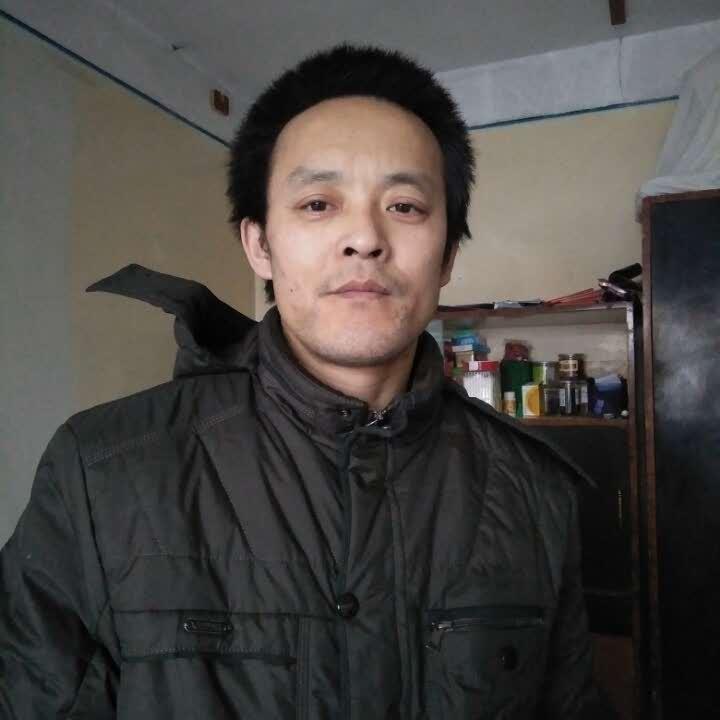刘小江看电影